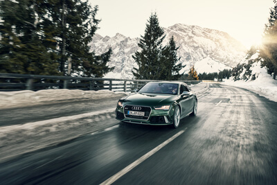 Audi RS7 Sportback Wintershooting Car to Car
