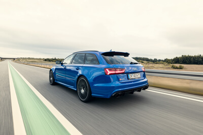 RS6 Performance Avant Car2Car Shooting