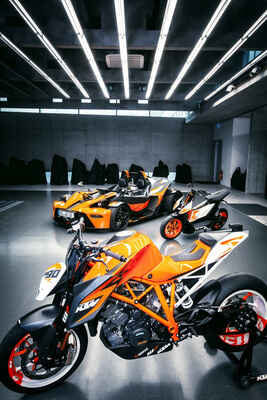 KTM R-Track Collection
